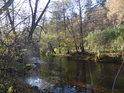 Podzimní Svitava pod Starým hradem.
