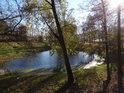Malý rybník v Blansku na místě zvaném Mezi řekou.